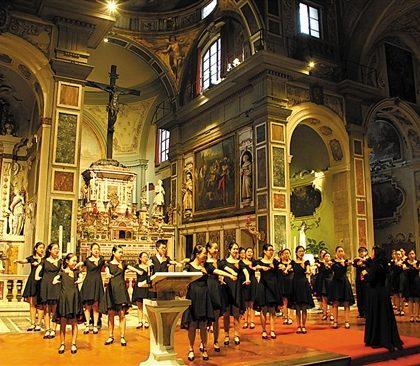 穗少年宫合唱团获多个世界冠军