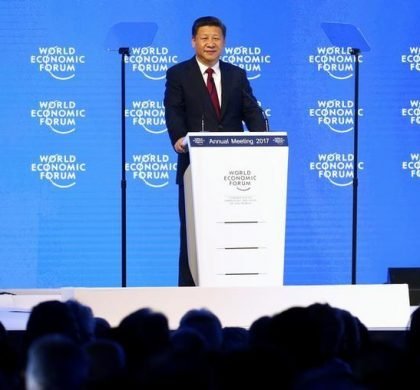 1月17日,中国国家主席习近平在瑞士达沃斯举行的世界经济论坛年会上发表讲话。 REUTERS/Ruben Sprich