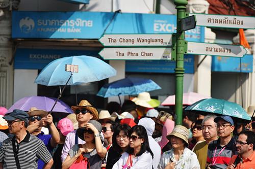 中国游客海外消费刺激世界经济增长