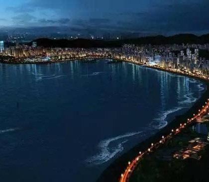 中国国家发改委新闻发言人:尽快上报粤港澳大湾区城市群发展规划