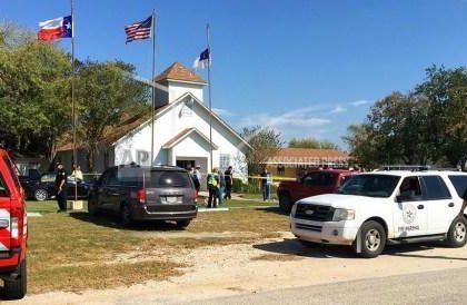 美国得州南部一教堂发生枪击事件至少27人死亡