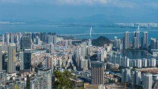 大湾区建设加速推进 港澳代表委员吁紧抓历史性机遇