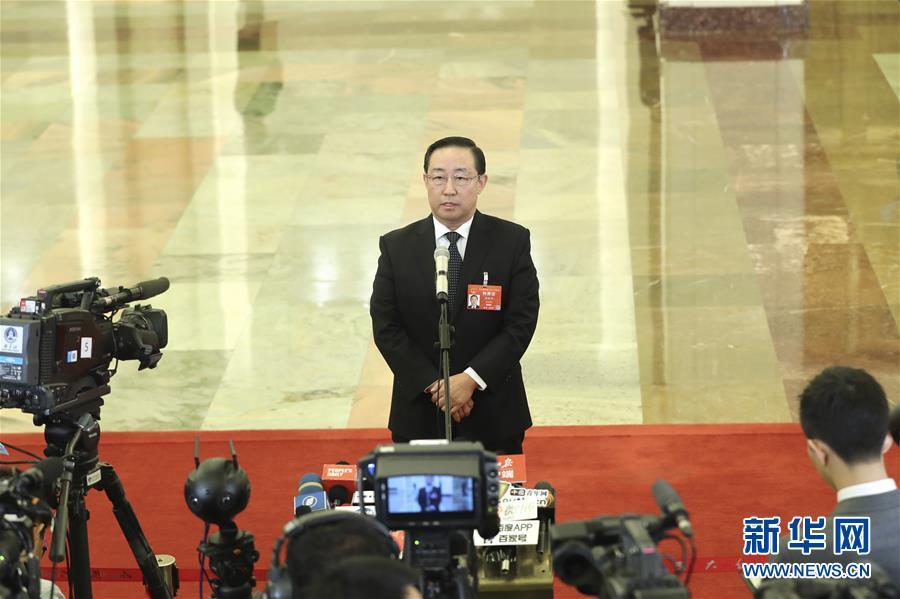 """司法部部长傅政华:用四个""""最严"""" 推动食品药品安全持续向好"""