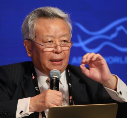 金立群:亚投行通过高标准项目赢得世界信任
