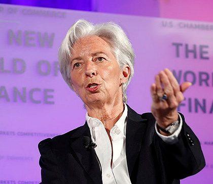 IMF总裁说全球经济增长趋缓但不会陷入衰退