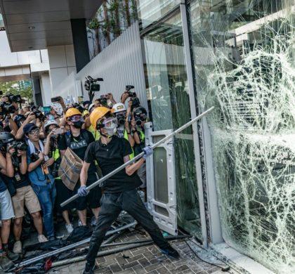 动荡的香港,难熬的八月——香港三位店家的苦衷