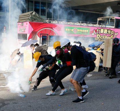 """记者手记:被""""黑色恐怖""""笼罩的香港"""