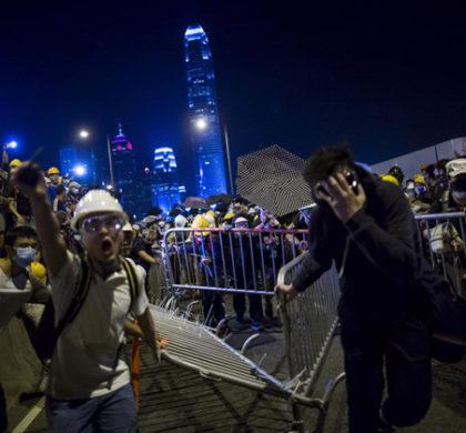 """述评:香港乱象背后的教育""""病因"""""""