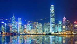 香港特区政府主要官员:政府将采取措施发展经济改善民生