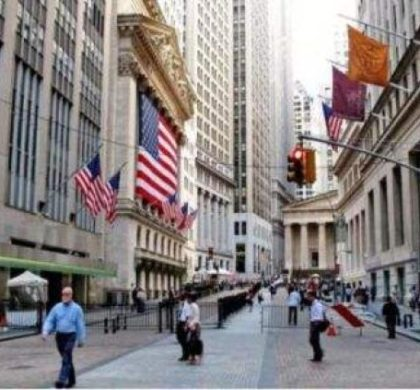 财经观察:经贸不确定性对美金融市场和企业负面影响继续发酵