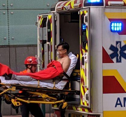 国务院港澳办新闻发言人对何君尧被刺事件予以强烈谴责