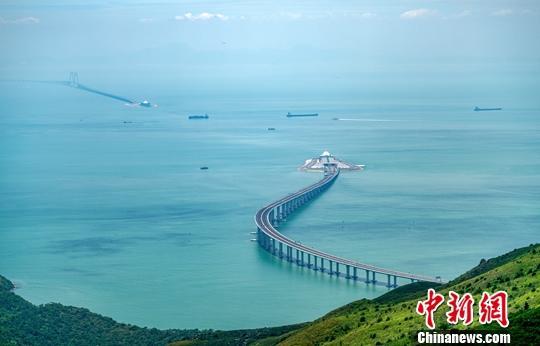 中国商务部:将CEPA扩大开放优惠措施在大湾区先行先试