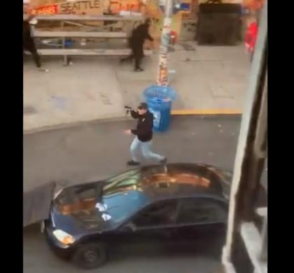 西雅图示威现场 一男子驾车冲入人群后开枪