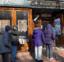 波士顿议员费连致力为华埠提供服务 唐人街老人惊喜领到新年食品和红包