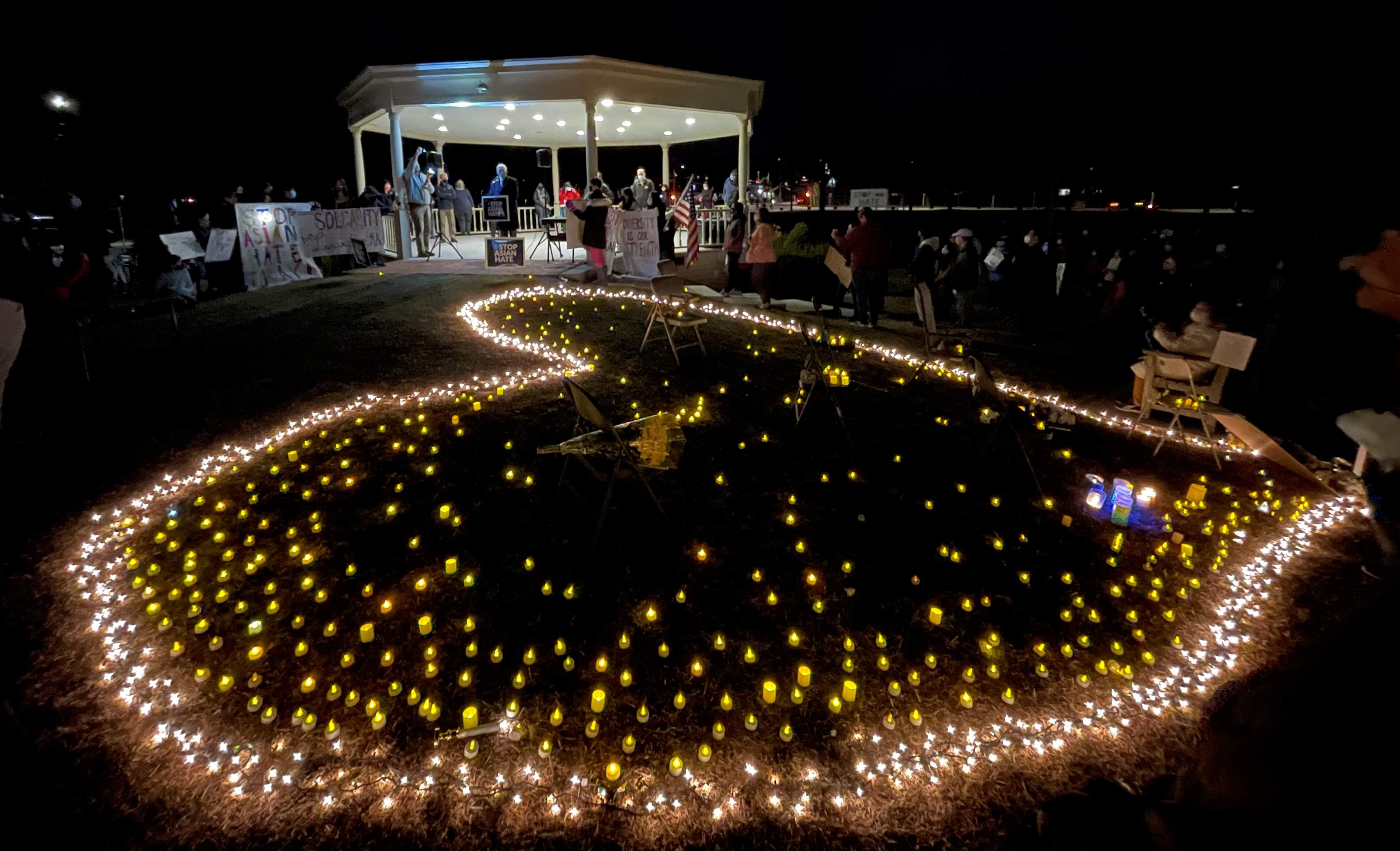 麻州莱克星顿镇举办烛光悼念集会 谴责仇恨亚裔和种族歧视暴力犯罪