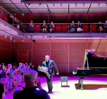 """钢琴家翁来""""向贝多芬致敬""""音乐会成功举办"""
