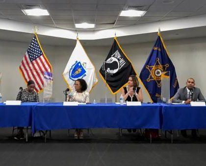 波士顿市长候选人探讨司法、毒品、健康和无家可归等解决方案